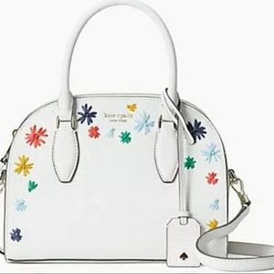 Kate Spade ♠️ Large Ivory dome satchel 🌸🌺